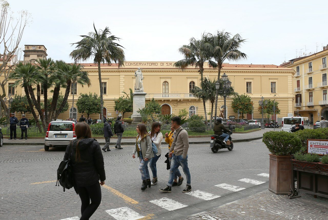 Sorrento. St.Antonio square (Piazza Sant'Antonino)