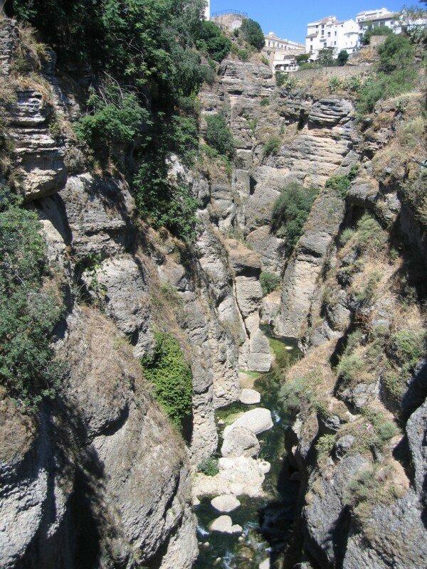 Вид на ущелье со Старого моста
