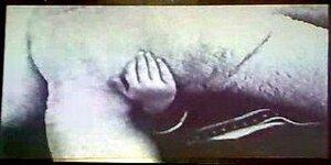 Женщина сосёт мальчиком видео фото 675-960