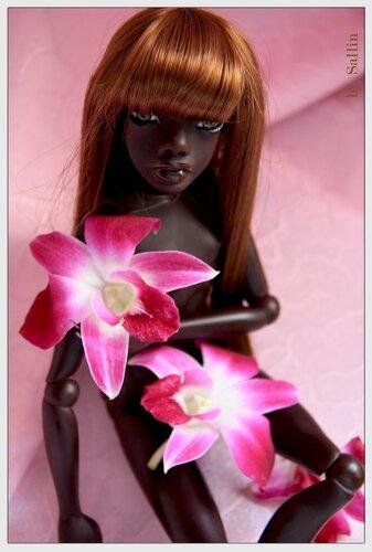 Темнокожие девочки салон москва фото 742-710