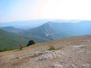 Вид вглубь Крымских гор с вершины Куш-Кая