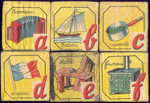 Кубинский алфавит в детских кубиках