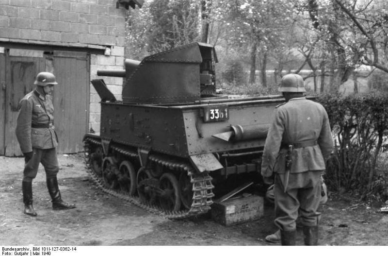 Брошенная бельгийская 47-мм САУ Char leger T13B3. Май 1940 года.