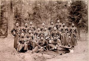 Группа казаков охраны на опушке леса.