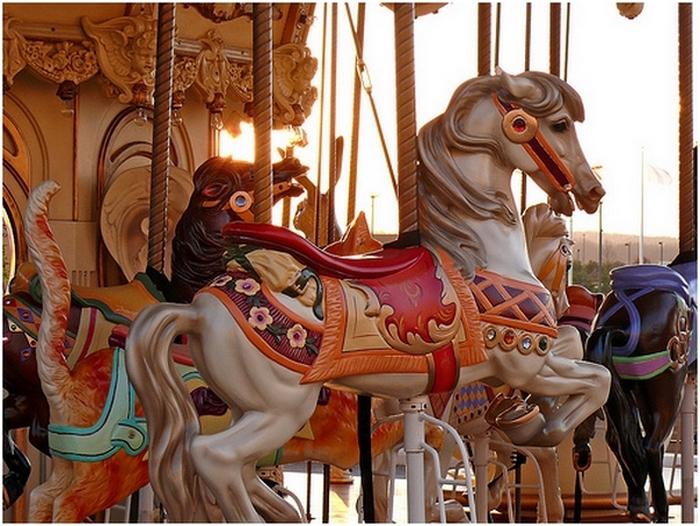 Картинки карусельные лошадки
