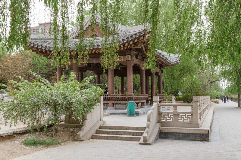 Беседка, парк стены династии Юань, Пекин