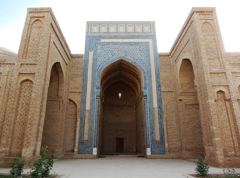 фото города термез узбекистан ул орджоникидзе наклонена вбок