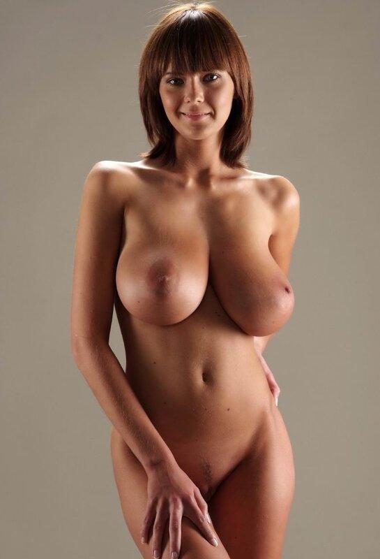 Огромная настоящая грудь порно фото