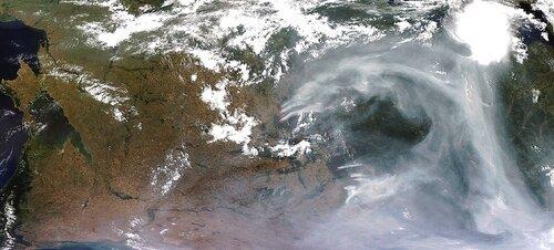 Дым над Европейской частью России