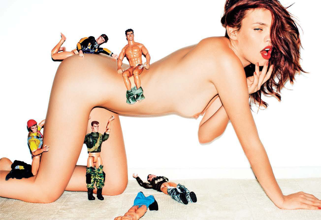 фото голых женщин сексмашина
