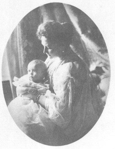 Аликс и беби_1904