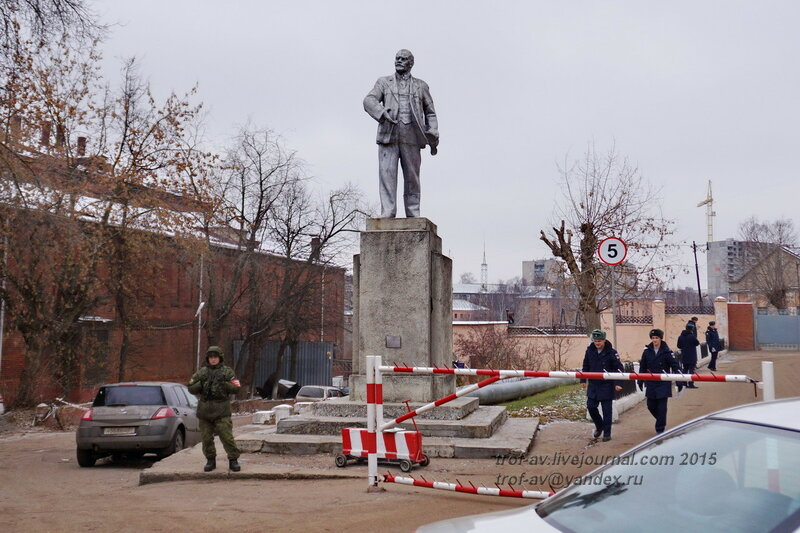 Памятник Ленину у части ВДВ, Иваново