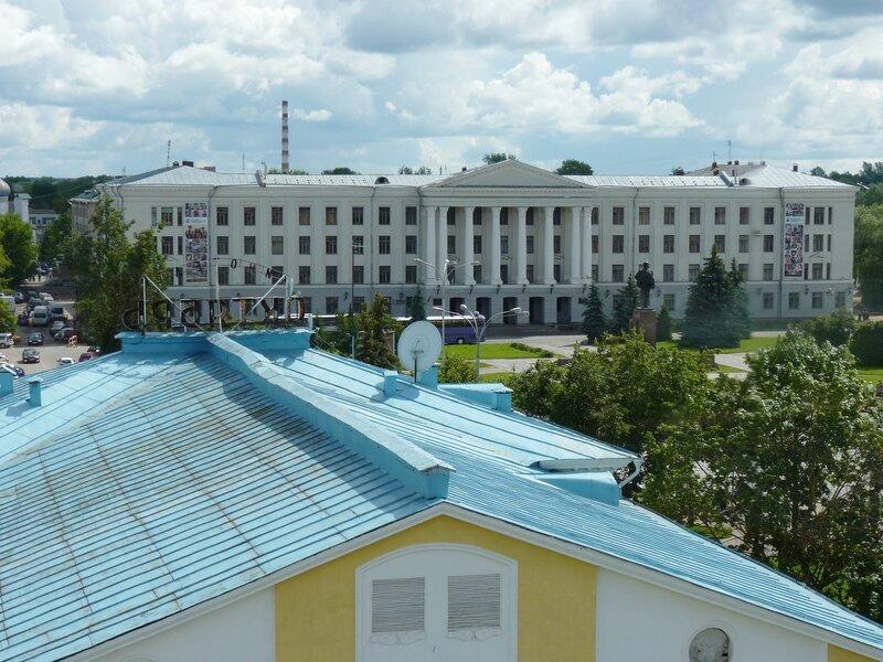 Виды с Власьевской башни Псковского Кремля