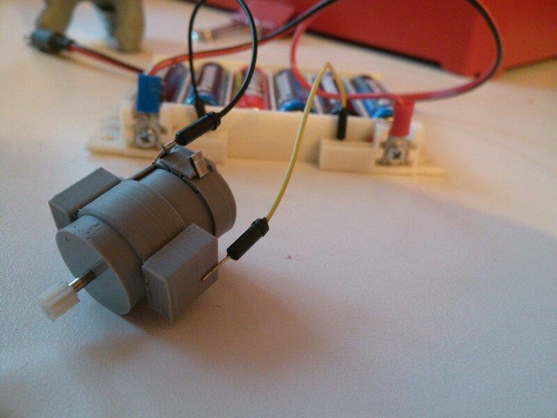 Моторчик с магнитиками-08.jpg
