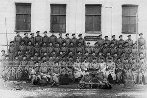 Личный состав военно-телеграфной роты батальона .