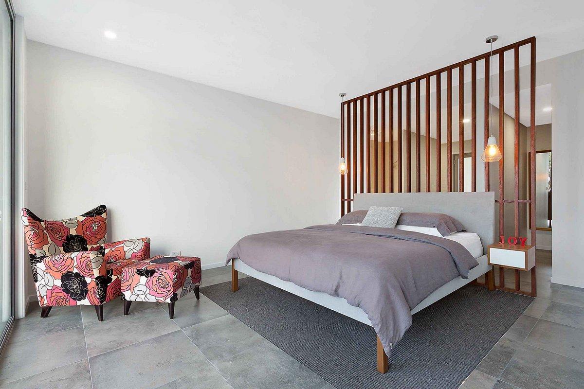 Спальная комната в частном доме