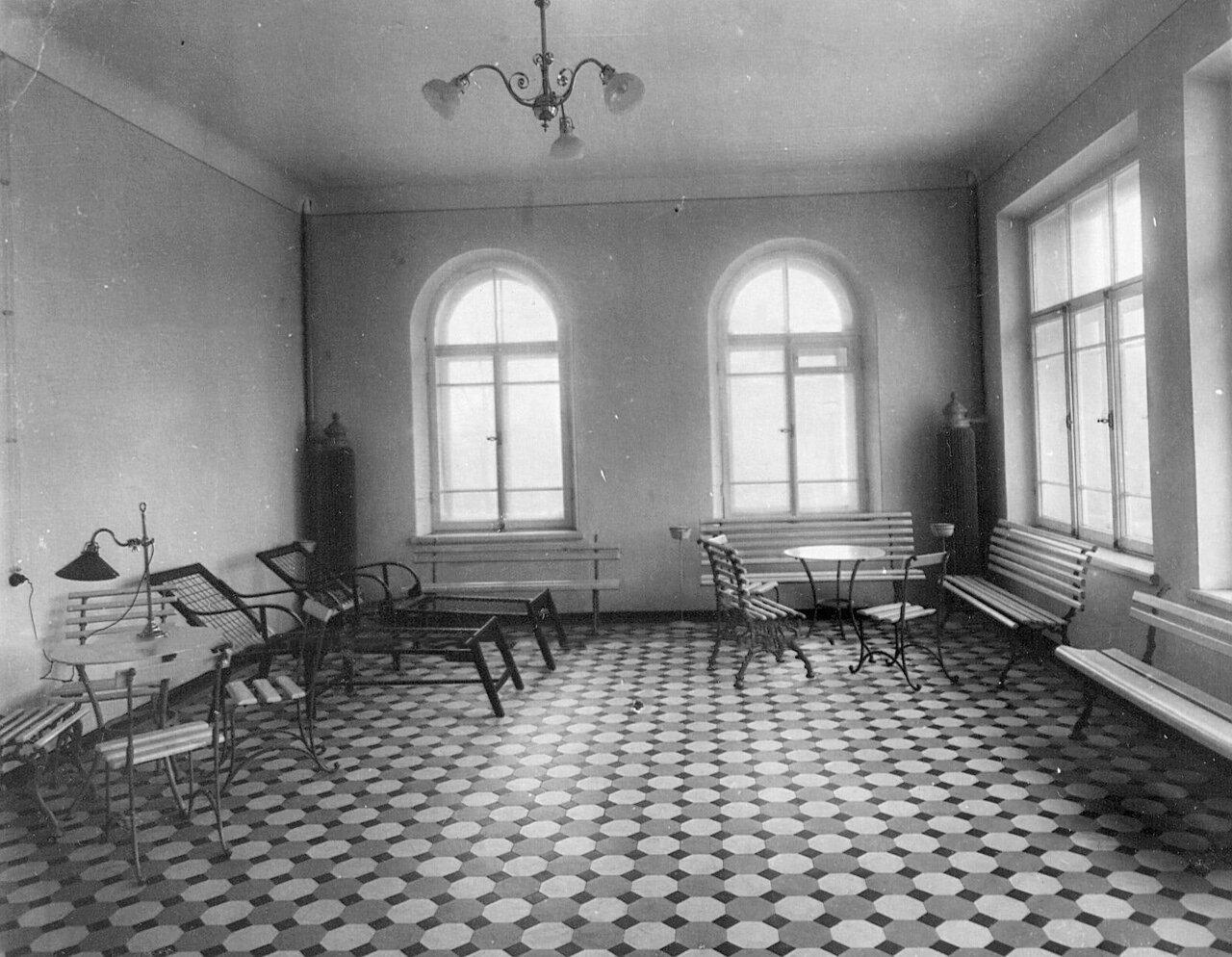 85. Комната отдыха в клиническом военном госпитале