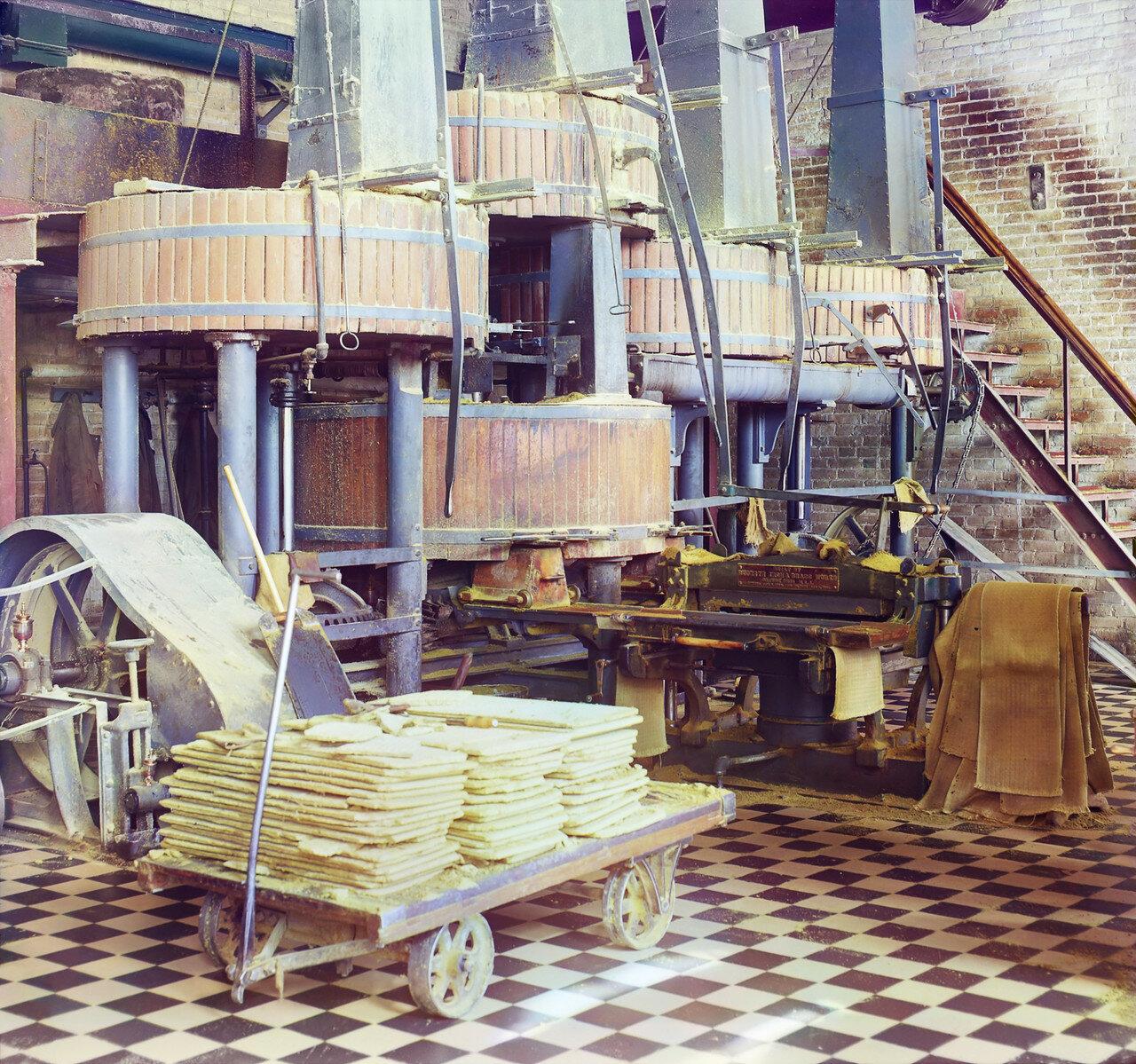 Окрестности Мерва. Байрам-Али. Мургабское имение. Отделение для выделки хлопкового масла