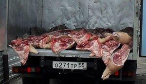 Сырое мясо употреблять в пищу опасно!