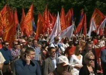 В Кишиневе в марше в честь праздника 1 мая участвовали тысячи людей