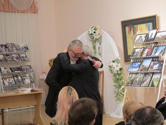 Поет Роман Любарський одночасно зявився на світ, одружився та народив дитину