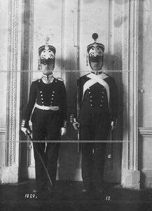 Форма офицера и солдата батальона образца 1829 года.