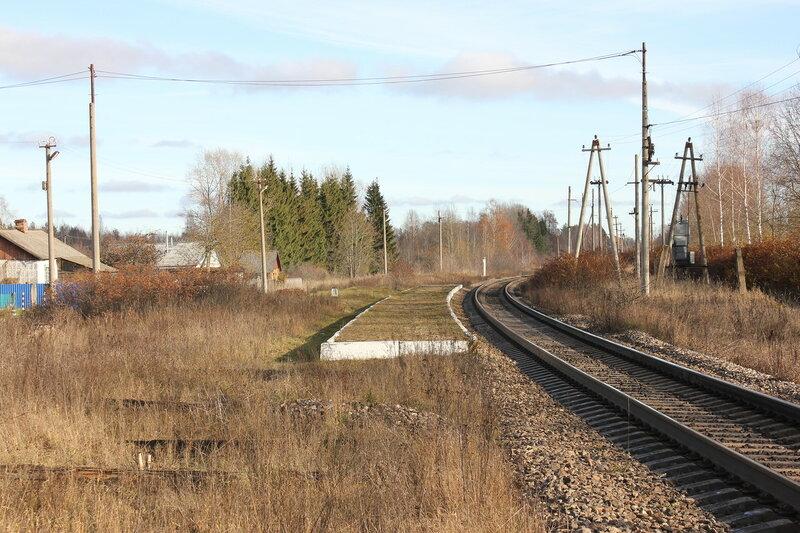 Платформа на бывшей станции Кузнецовка, вид на Москву