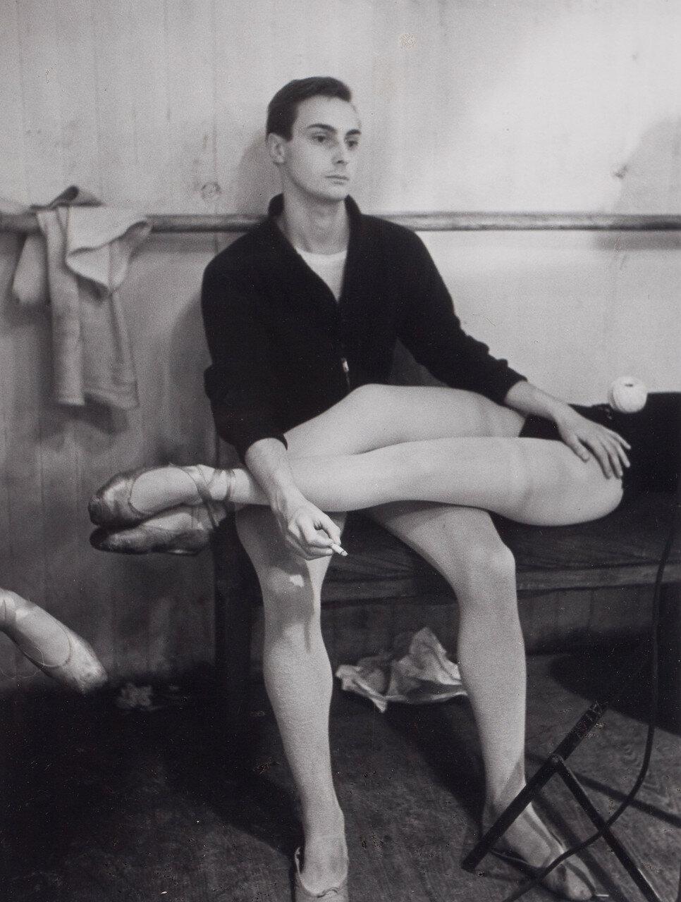 1953. Танцевальная студия при Парижской Опере
