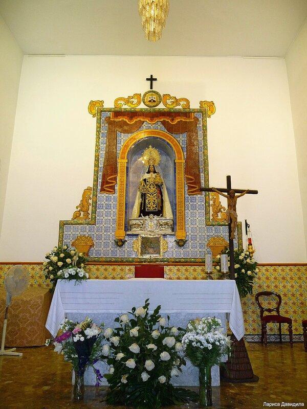 La Iglesia de Nuesra Senoradel Carmen- (3).