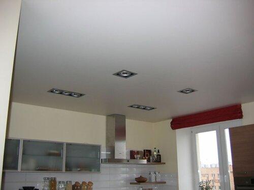 Потолок с матовой фактурой это классический вид потолка в вашей квартире