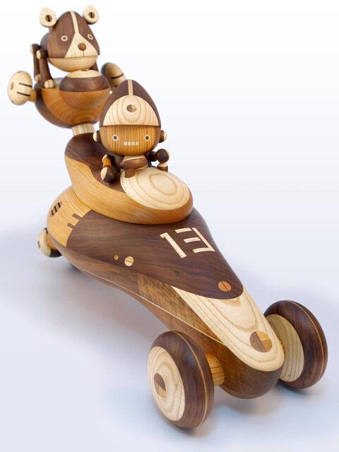 Японские деревянные роботы студии Take-G Toys. Традиции и современность