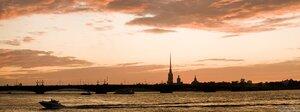 На быстром катере (закат, мост, нева, панорама, Петербург, Петропавловская крепость, судно, Троицкий мост)