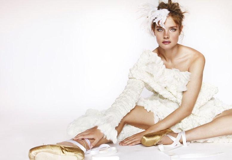 Наталья Водянова / Natalia Vodianova - Star Girls by Mario Testino in Vogue UK december 2010