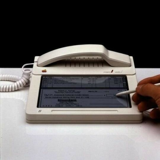 Apple's Touchscreen iPhone Prototype from 1983.jpg