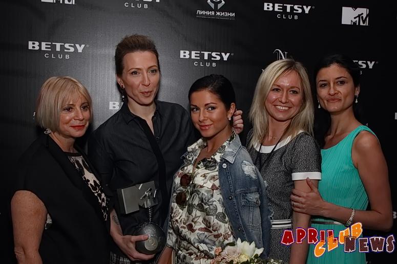 https://img-fotki.yandex.ru/get/5405/123965731.2e/0_f454a_4bcdc199_orig.jpg