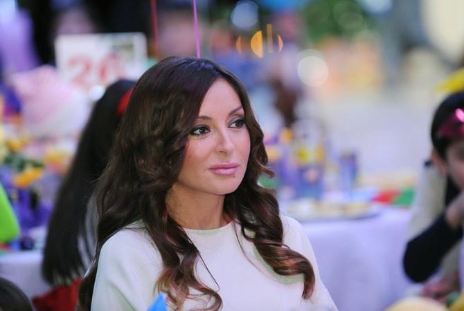 Лейла Алиева стала матерью приемного ребенка