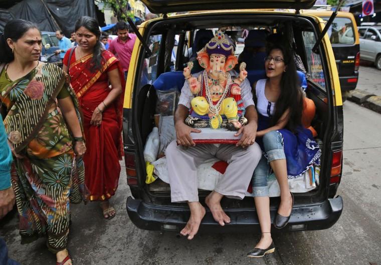В Индии празднуют День рождения Ганеша 0 1454c5 fe0c685 orig