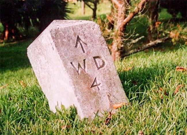 © wikimedia  Считается, что современный символ стрелки пришел кнам изДревней Греции. Тогда н