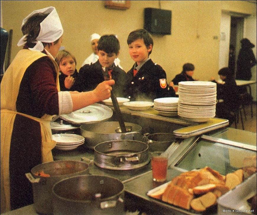 Были еще десерты, но они в классическом советском обеде участвовали редко — он, как правило, состоял