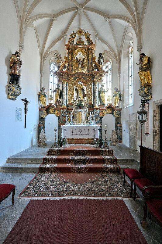 Eberstein Sankt Walburgen Pfarrkirche hl Walburga Hochaltar