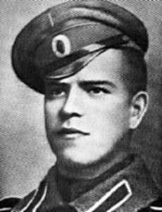 1-Георгий Константинович Жуков, будущий маршал Сов. Союза и Герой Великой Отеч. войны, на солдатской службе в Императорской кавалерии-2.jpg