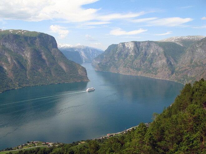Смотровая площадка Стегастейн (Stegastein). Норвегия