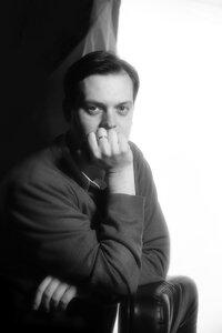 Портреты wotton_henry из серии БЛОГЕРЫ: ЧЕРНО-БЕЛЫЕ ФОТОГРАФИИ студийный портреты блогера