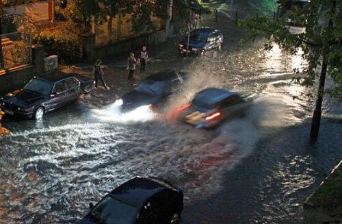Польща потерпає від злив та буревіїв. Фото.