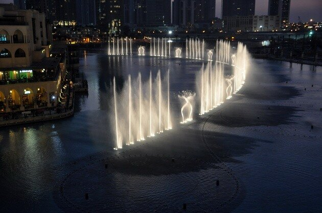 Фонтан Дубай (Dubai Fountain)