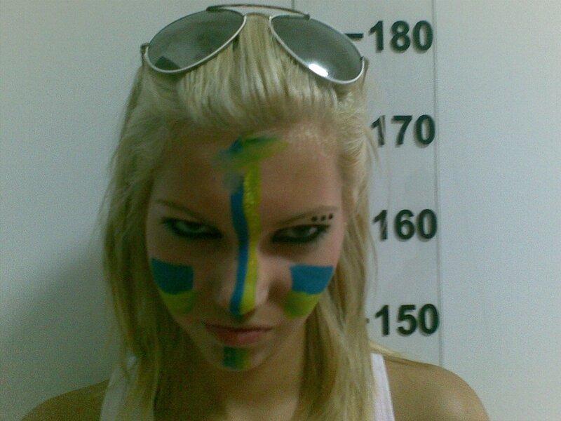 Сиськи в камере. Продолжение фотосессии Femen
