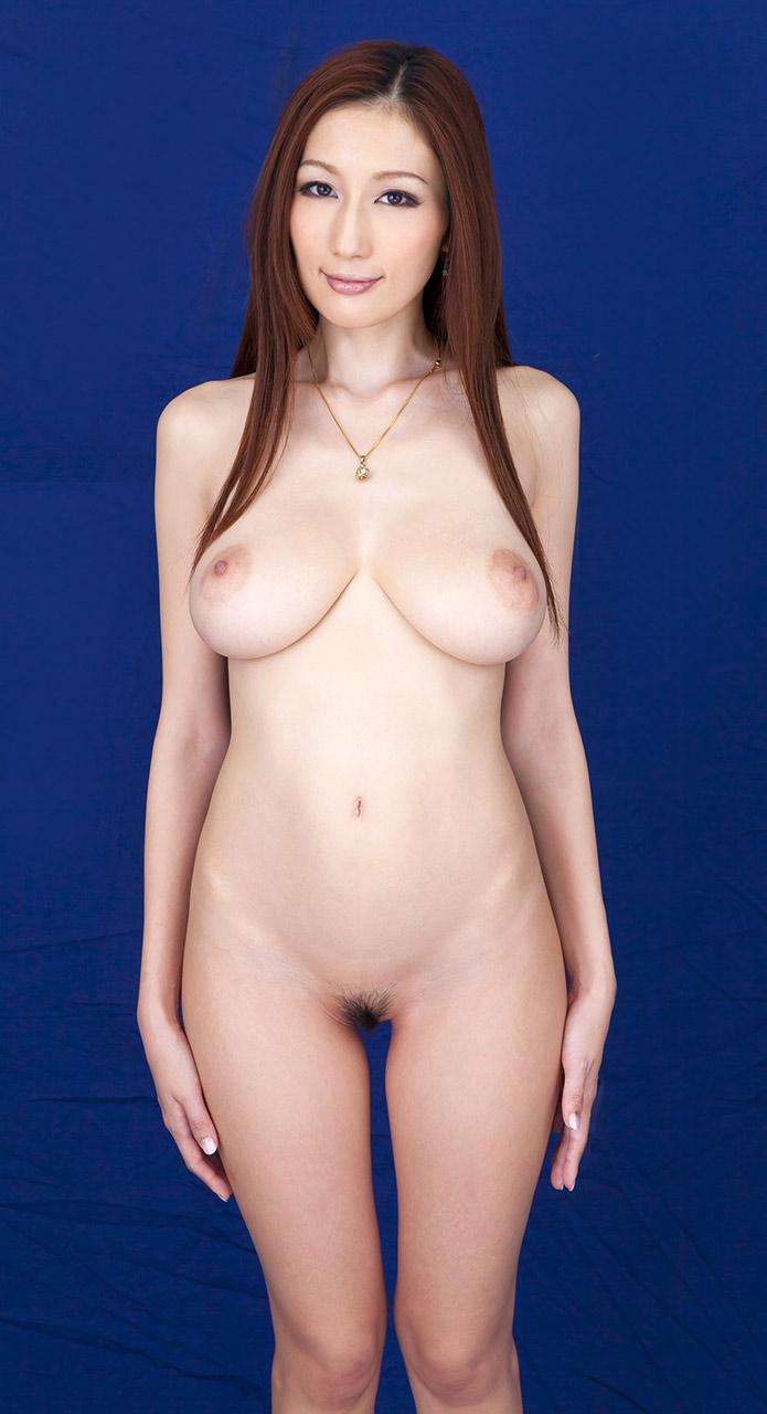 Джулия порно актриса из японии фото 699-935