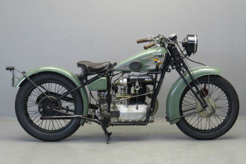 Royal-Standard-1929-2508-1.jpg