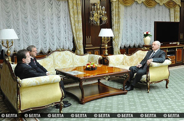 Александр Лукашенко: Строительство международного финансового центра «Минск-Мир» должно стать историческим проектом
