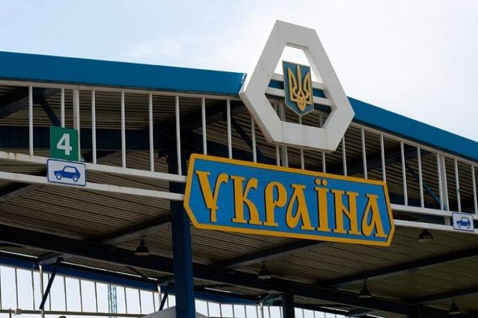 Белоруссия приступила к укреплению границы с Украиной